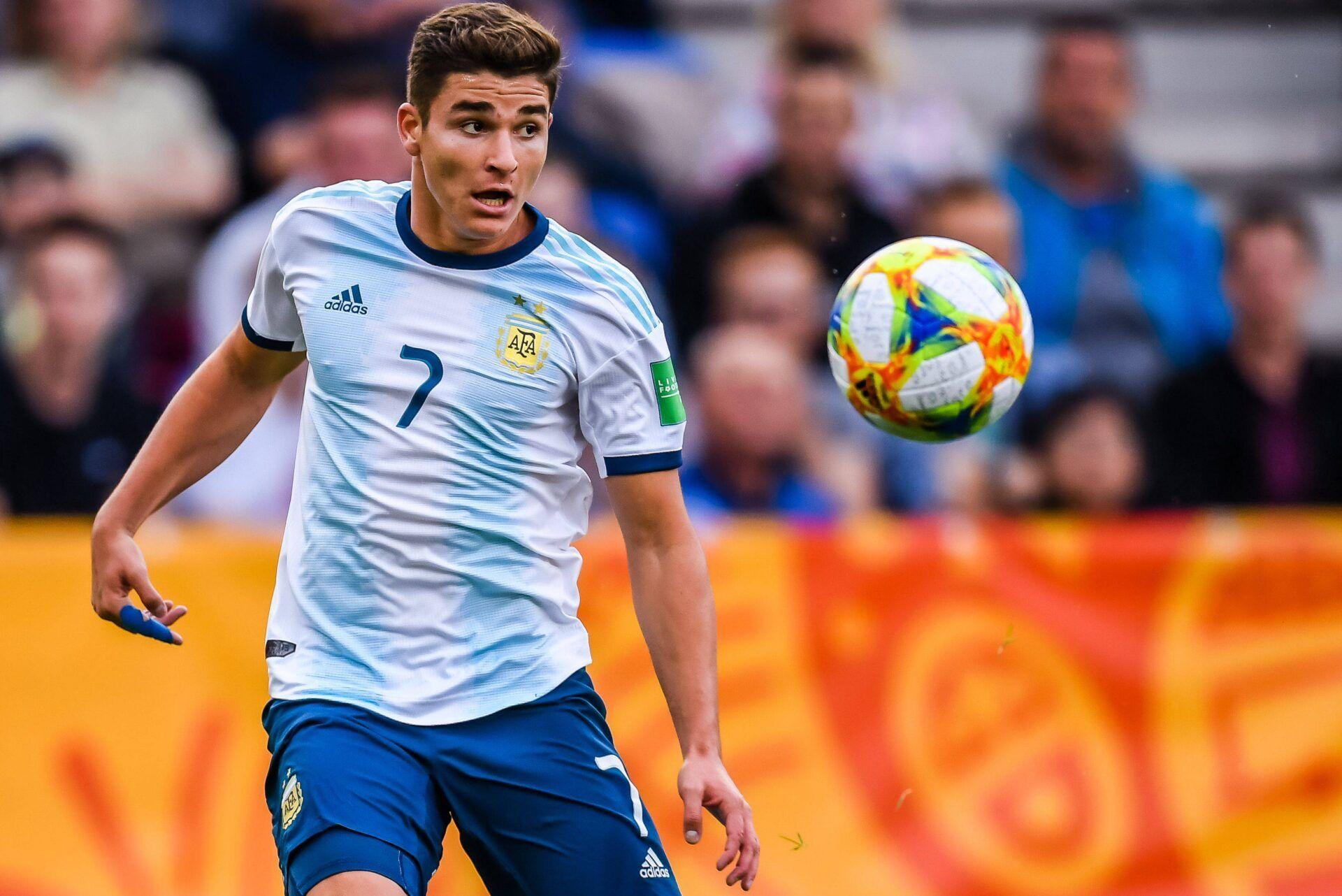 Julián Álvarez, River Plate, Aston Villa, Premier League, Ajax, Copa Libertadores, Copa América, Selección Argentina